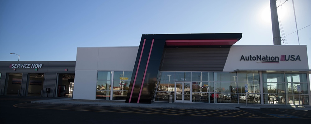 Exterior view of AutoNation USA Phoenix used car dealership