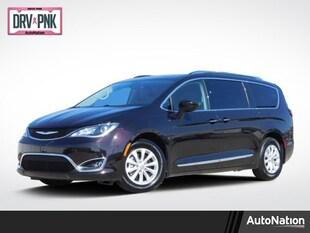 2019 Chrysler Pacifica Touring L Mini-van Passenger