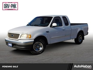 2003 Ford F-150 XL Extended Cab Pickup