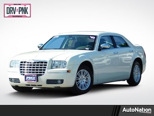 2010 Chrysler 300 Touring 4dr Car