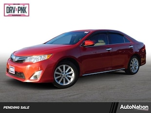 2014 Toyota Camry XLE 4dr Car