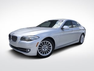 2011 BMW 5 Series 535i 4dr Car