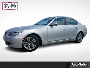 2010 BMW 5 Series 528i 4dr Car