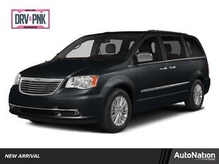2014 Chrysler Town & Country Limited Mini-van Passenger