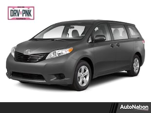 2013 Toyota Sienna LE Mini-van Passenger