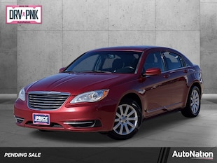 2014 Chrysler 200 Touring 4dr Car