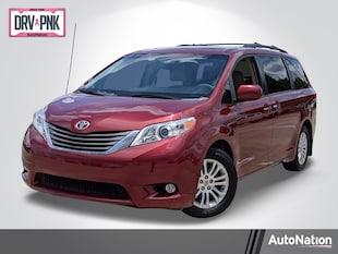 2013 Toyota Sienna XLE Mini-van Passenger