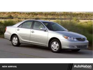 2004 Toyota Camry LE 4dr Car