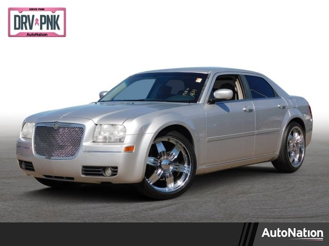 2006 Chrysler 300 Touring 4dr Car