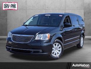 2014 Chrysler Town & Country Touring Mini-van Passenger