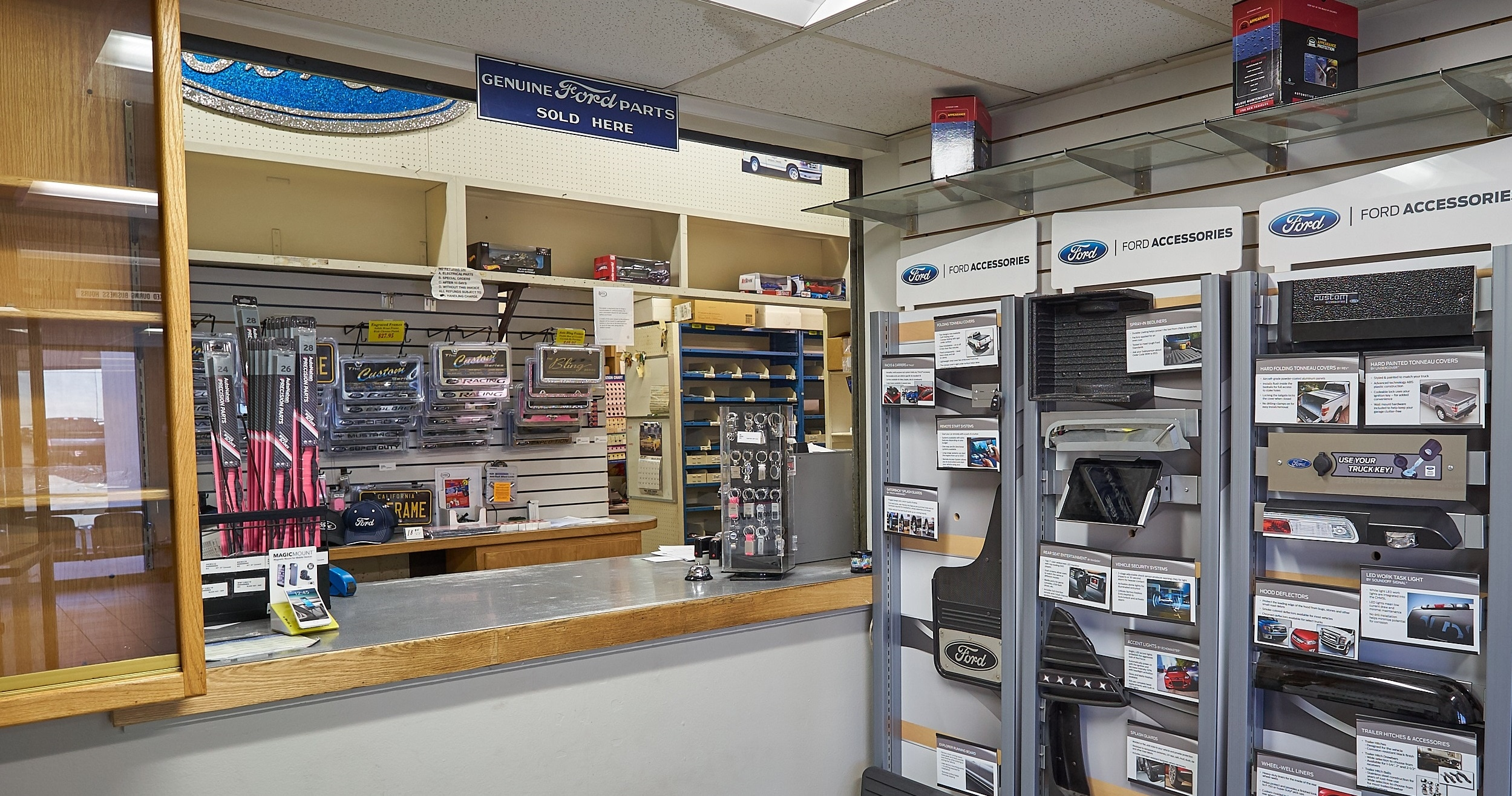 ford parts accessories for sale in valencia ca. Black Bedroom Furniture Sets. Home Design Ideas