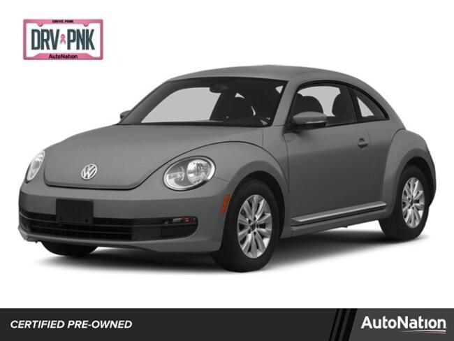 2014 Volkswagen Beetle 2.5L w/Sunroof/Sound/Navigation/PZEV Hatchback