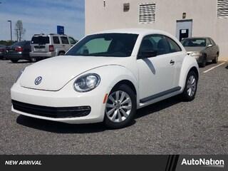 2013 Volkswagen Beetle 2.5L Entry w/PZEV Hatchback