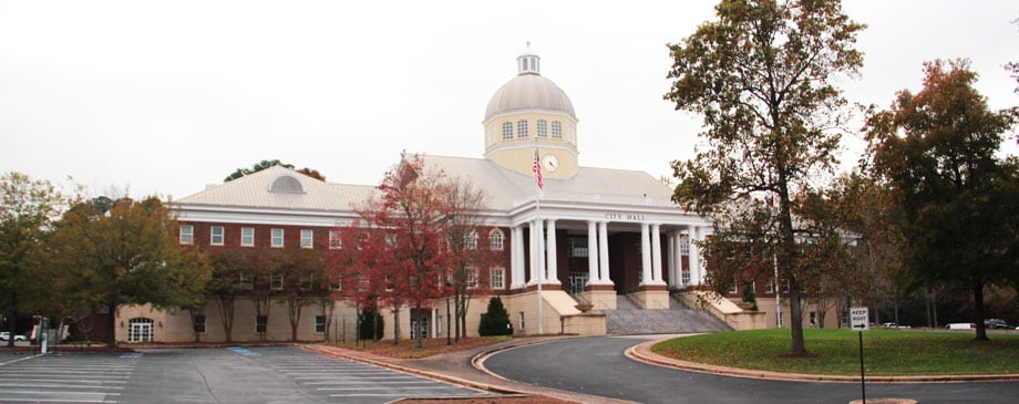 Exterior view of the City Hall building in Roswell, GA