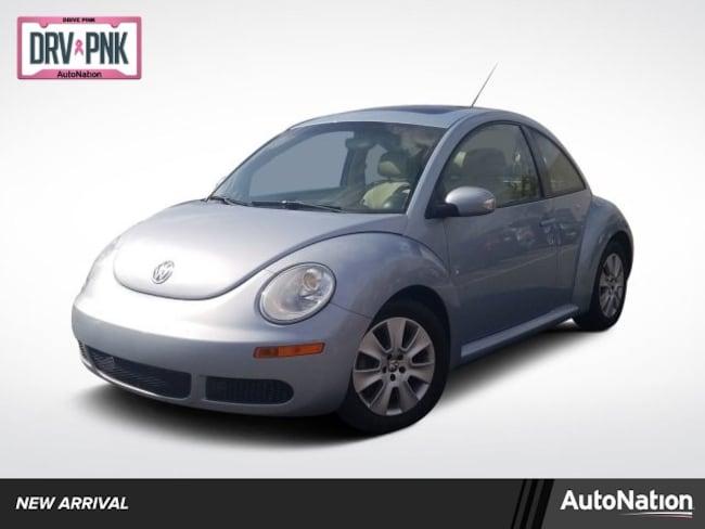 2010 Volkswagen New Beetle Coupe Hatchback