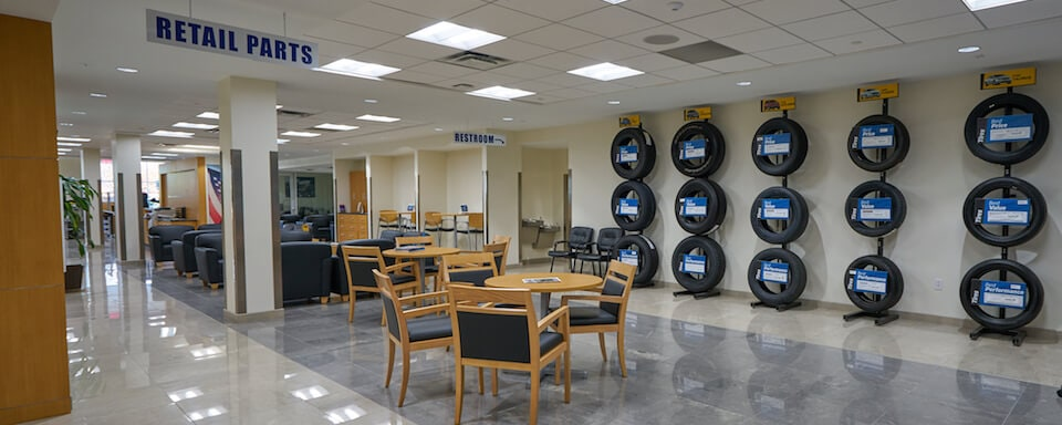 Interior view of AutoNation Ford Wolfchase parts department lounge