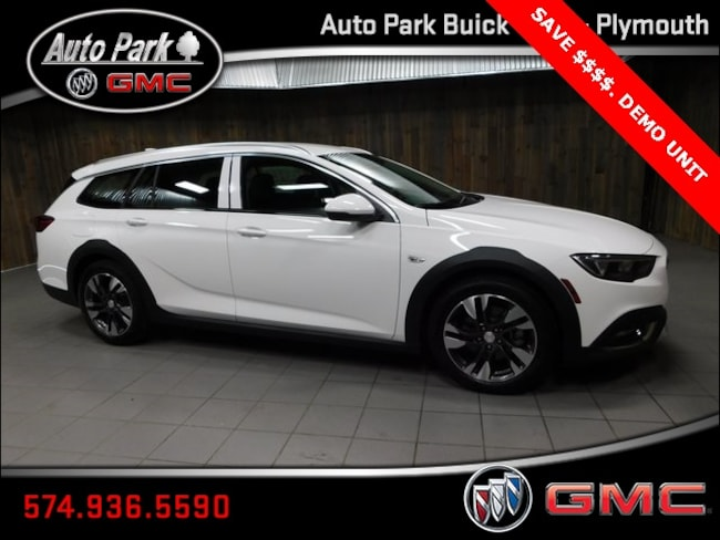 New 2018 Buick Regal TourX Essence Wagon W04GV8SX6J1137152 for Sale in Plymouth, IN at Auto Park Buick GMC