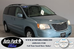 2010 Chrysler Town & Country Touring Minivan/Van in Sturgis, MI