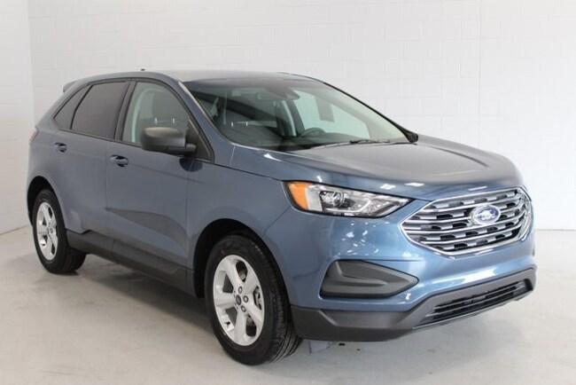 New 2019 Ford Edge SE Crossover Sturgis