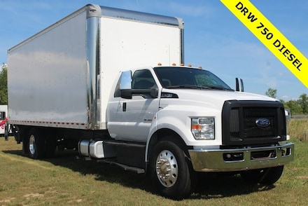 2016 Ford F-750SD Base Truck