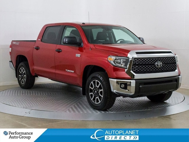 2018 Toyota Tundra SR5 4x4, Navi, Sunroof, Back Up Cam! Truck