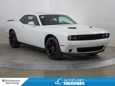 2018 Dodge Challenger SXT+ BLACKTOP, Back Up Cam, Sunroof, Android Auto! Sedan