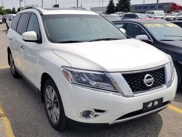 2014 Nissan Pathfinder Platinum 4x4, Navi, Pano Roof, DVD, Leather! SUV