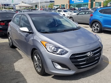 2016 Hyundai Elantra GT GLS, Pano Roof, Heated Seats, Bluetooth! Hatchback