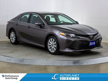 2019 Toyota Camry LE, Back Up Cam, Heated Seats, Wireless Streaming! Sedan