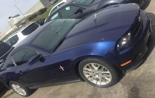 2012 Ford Mustang V6, Bluetooth, Leather, Clean Carproof! Coupe