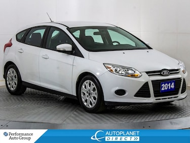 2014 Ford Focus SE, Cruise Control, Clean Carfax! Hatchback