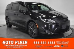 New Chrysler Dodge Jeep Ram 2020 Chrysler Pacifica TOURING L Passenger Van for sale in De Soto, MO