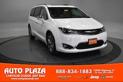 New Chrysler Dodge Jeep Ram 2019 Chrysler Pacifica LIMITED Passenger Van for sale in De Soto, MO