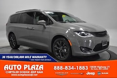 New Chrysler Dodge Jeep Ram 2020 Chrysler Pacifica LIMITED Passenger Van for sale in De Soto, MO