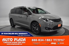 New Chrysler Dodge Jeep Ram 2020 Chrysler Pacifica Van for sale in De Soto, MO