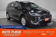 Used Vehicles for sale 2020 Chrysler Pacifica Touring L Van Passenger Van in De Soto, MO