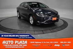Used Vehicles for sale 2017 Chrysler 200 Limited Sedan in De Soto, MO