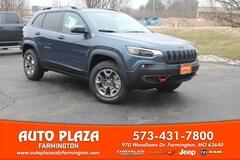 New 2019 Jeep Cherokee TRAILHAWK ELITE 4X4 Sport Utility for sale in Farmington, MO