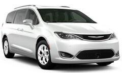 New 2020 Chrysler Pacifica LIMITED Passenger Van for sale in Farmington, MO