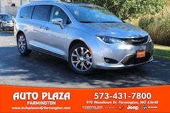New 2020 Chrysler Pacifica LIMITED Passenger Van for sale in Farmington, MO