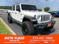 New 2020 Jeep Gladiator SPORT S 4X4 Crew Cab for sale in Farmington, MO