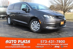 New 2019 Chrysler Pacifica L Passenger Van 11297 for sale in Farmington, MO