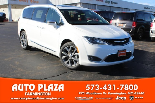 New 2019 Chrysler Pacifica LIMITED Passenger Van in Farmington, MO