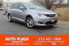Used Vehicles for sale 2019 Chrysler Pacifica Limited Van Passenger Van in Farmington, MO
