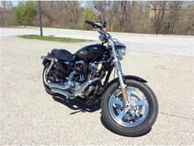 2015 Harley-Davidson Sportster XL1200C 1200 CUSTOM