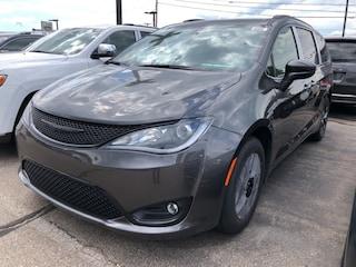 New 2020 Chrysler Pacifica TOURING L PLUS Passenger Van