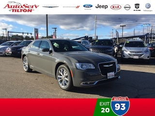 New 2018 Chrysler 300 TOURING L AWD Sedan