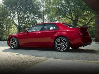 New 2018 Chrysler 300 Limited Sedan