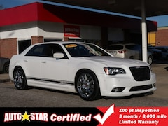 2014 Chrysler 300 SRT8 Sedan