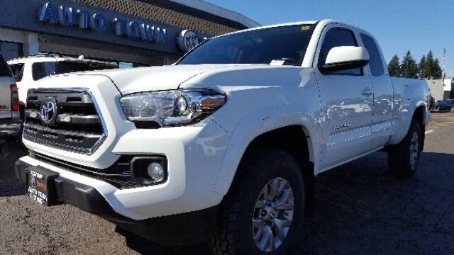 2016 Toyota Tacoma Truck Access Cab